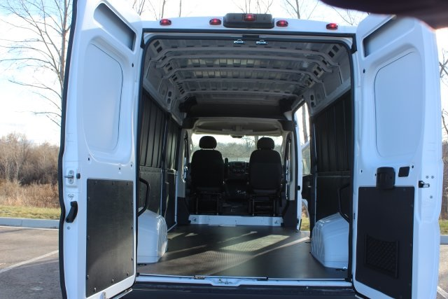 2018 ProMaster 2500 High Roof FWD,  Empty Cargo Van #L18A087 - photo 2