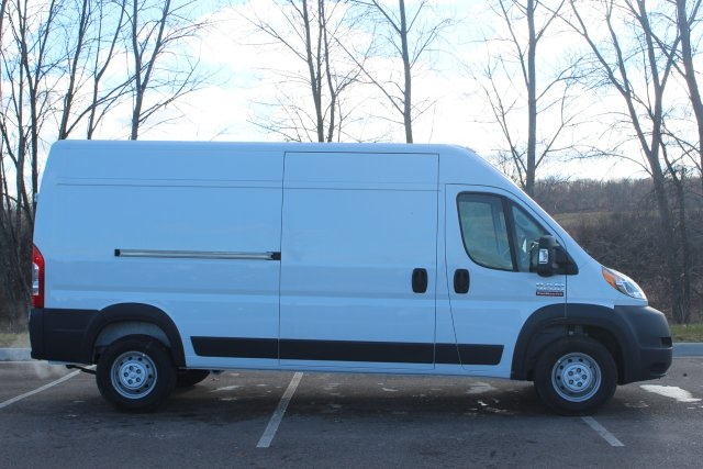2018 ProMaster 2500 High Roof FWD,  Empty Cargo Van #L18A087 - photo 9