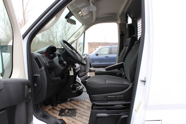 2018 ProMaster 2500 High Roof FWD,  Empty Cargo Van #L18A089 - photo 11