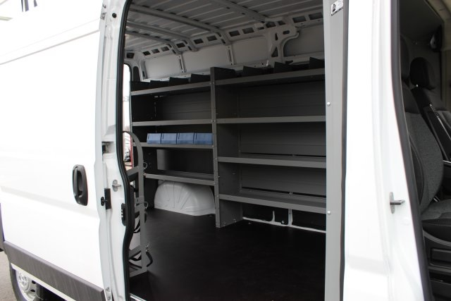 2018 ProMaster 2500 High Roof FWD,  Empty Cargo Van #L18A089 - photo 16