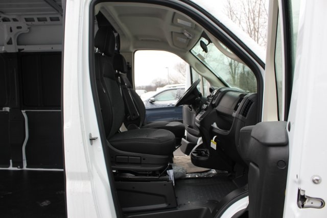 2018 ProMaster 2500 High Roof FWD,  Empty Cargo Van #L18A105 - photo 12