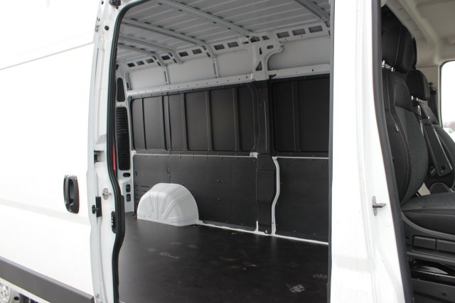 2018 ProMaster 2500 High Roof FWD,  Empty Cargo Van #L18A105 - photo 13