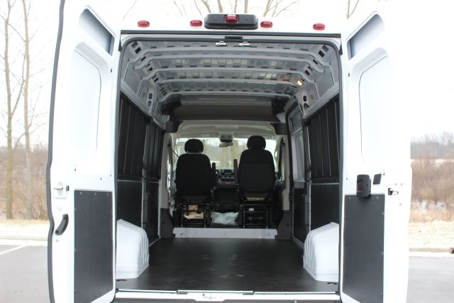 2018 ProMaster 2500 High Roof FWD,  Empty Cargo Van #L18A105 - photo 2