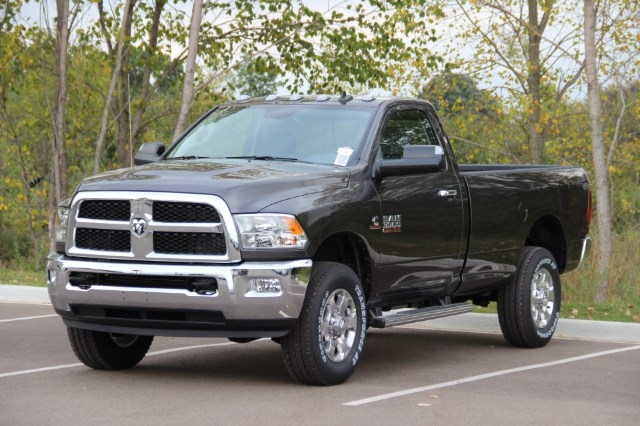 2018 Ram 3500 Regular Cab 4x4 Pickup #L18D005 - photo 4