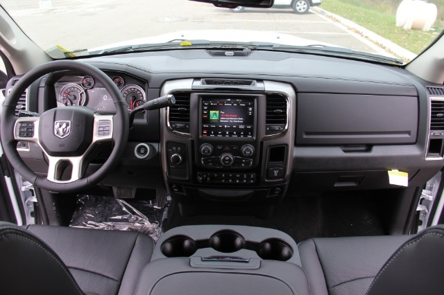 2018 Ram 2500 Crew Cab 4x4, Pickup #L18D021 - photo 16