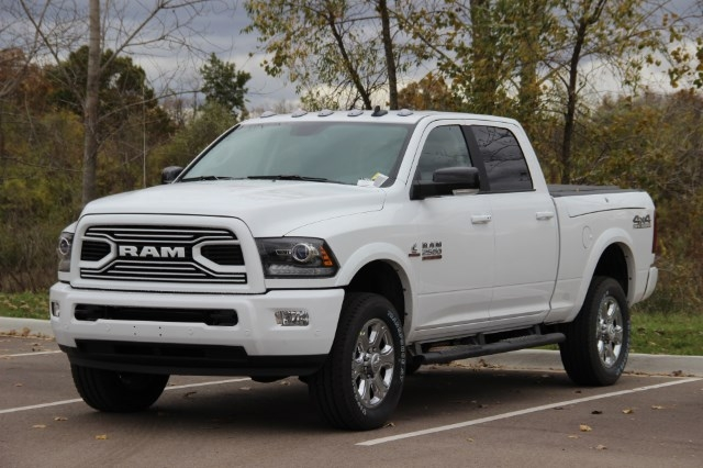 2018 Ram 2500 Crew Cab 4x4 Pickup #L18D021 - photo 4