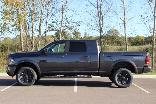2018 Ram 2500 Mega Cab 4x4 Pickup #L18D022 - photo 5