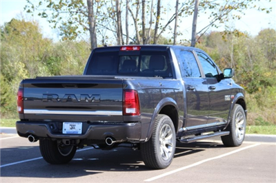 2018 Ram 1500 Crew Cab 4x4 Pickup #L18D032 - photo 2
