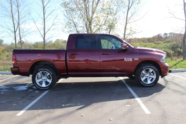 2018 Ram 1500 Crew Cab 4x4 Pickup #L18D037 - photo 8
