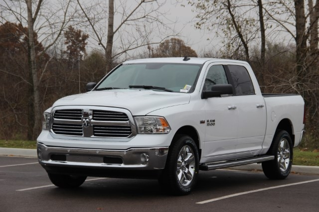 2018 Ram 1500 Crew Cab 4x4 Pickup #L18D046 - photo 4