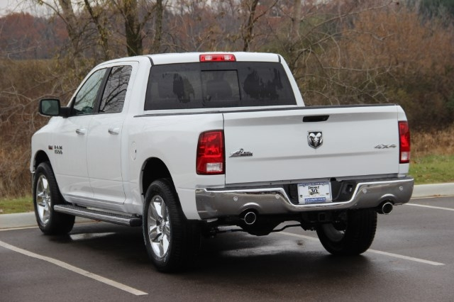 2018 Ram 1500 Crew Cab 4x4 Pickup #L18D046 - photo 6