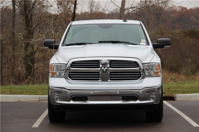 2018 Ram 1500 Crew Cab 4x4 Pickup #L18D046 - photo 3