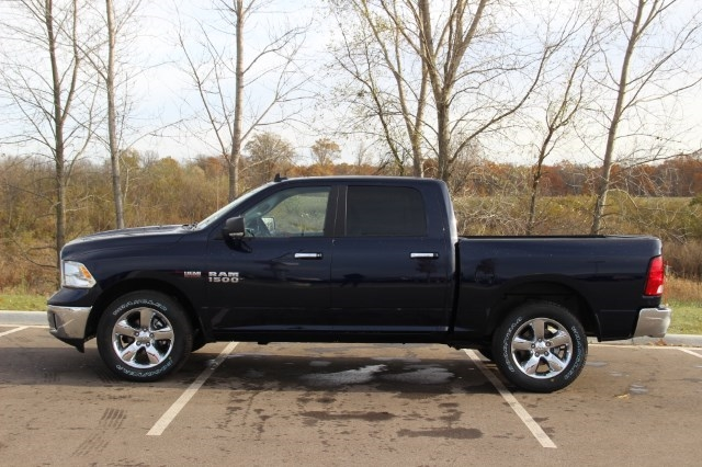 2018 Ram 1500 Crew Cab 4x4, Pickup #L18D063 - photo 5