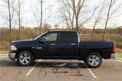2018 Ram 1500 Crew Cab 4x4, Pickup #L18D063 - photo 22