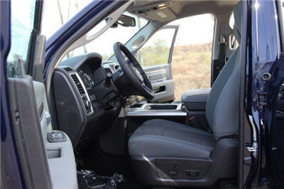2018 Ram 1500 Crew Cab 4x4, Pickup #L18D063 - photo 27