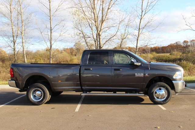 2018 Ram 3500 Crew Cab DRW 4x4 Pickup #L18D065 - photo 8