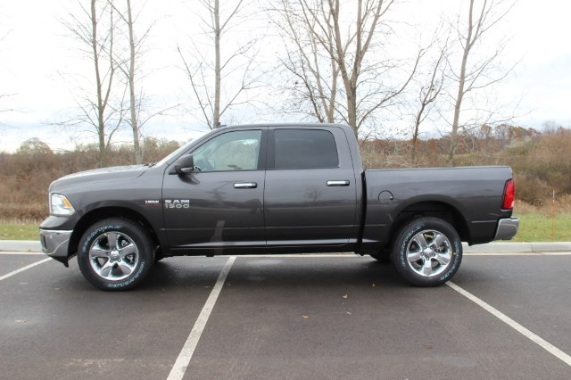 2018 Ram 1500 Crew Cab 4x4, Pickup #L18D078 - photo 5