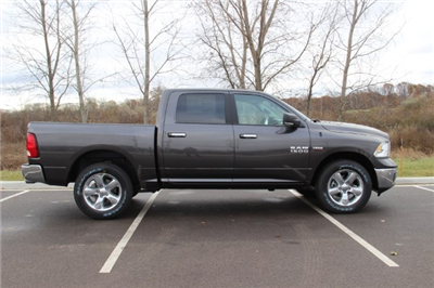 2018 Ram 1500 Crew Cab 4x4, Pickup #L18D078 - photo 8