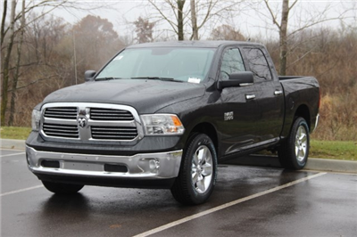 2018 Ram 1500 Crew Cab 4x4, Pickup #L18D108 - photo 4