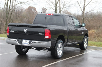 2018 Ram 1500 Crew Cab 4x4, Pickup #L18D108 - photo 2