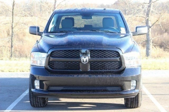 2018 Ram 1500 Crew Cab 4x4,  Pickup #L18D124 - photo 3