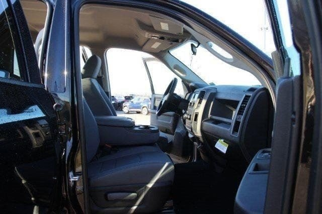 2018 Ram 1500 Crew Cab 4x4,  Pickup #L18D124 - photo 28