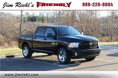 2018 Ram 1500 Crew Cab 4x4,  Pickup #L18D124 - photo 1