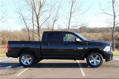 2018 Ram 1500 Crew Cab 4x4,  Pickup #L18D124 - photo 8