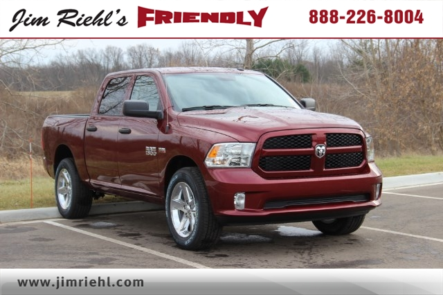 2018 Ram 1500 Crew Cab 4x4 Pickup #L18D153 - photo 1