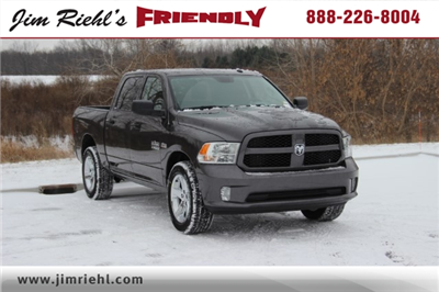 2018 Ram 1500 Crew Cab 4x4 Pickup #L18D159 - photo 1