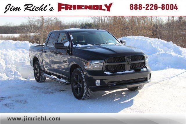 2018 Ram 1500 Crew Cab 4x4, Pickup #L18D181 - photo 18
