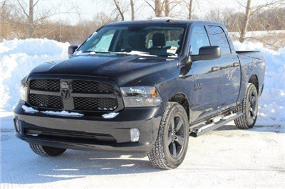 2018 Ram 1500 Crew Cab 4x4, Pickup #L18D181 - photo 21