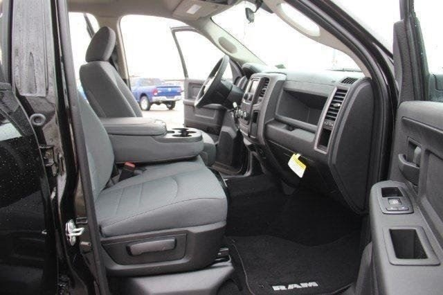 2018 Ram 1500 Crew Cab 4x4,  Pickup #L18D195 - photo 11