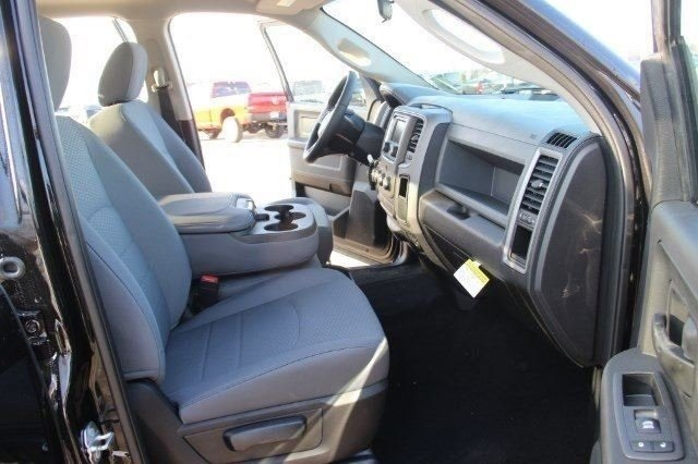 2018 Ram 1500 Crew Cab 4x4, Pickup #L18D207 - photo 11