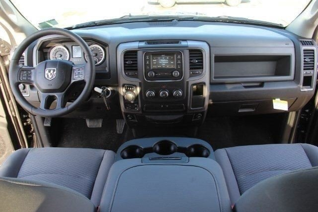 2018 Ram 1500 Crew Cab 4x4, Pickup #L18D207 - photo 16