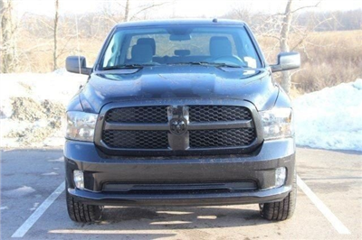 2018 Ram 1500 Crew Cab 4x4, Pickup #L18D207 - photo 3