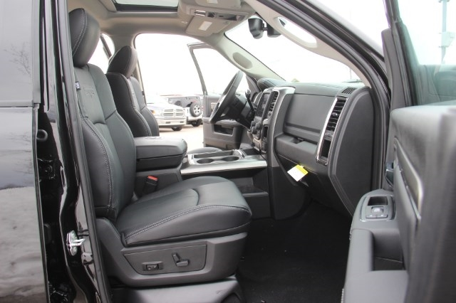 2018 Ram 2500 Crew Cab 4x4, Pickup #L18D372 - photo 11