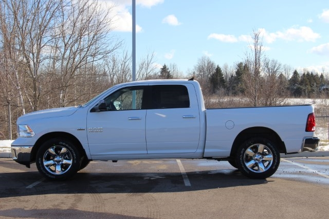 2018 Ram 1500 Crew Cab 4x4, Pickup #L18D384 - photo 5
