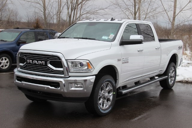 2018 Ram 2500 Crew Cab 4x4, Pickup #L18D391 - photo 4