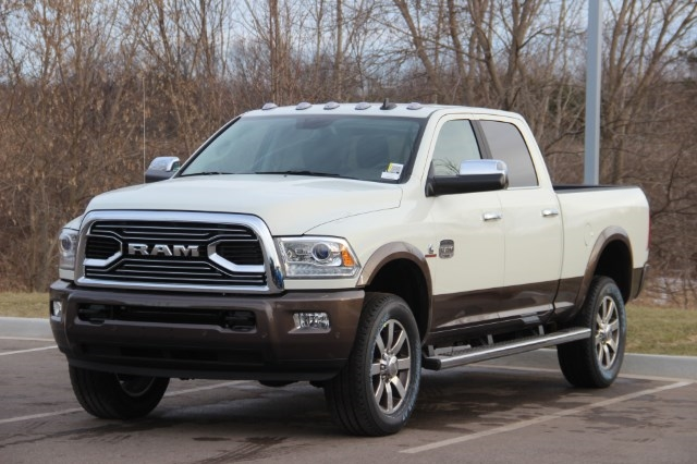 2018 Ram 2500 Crew Cab 4x4, Pickup #L18D392 - photo 4