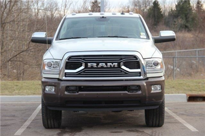 2018 Ram 2500 Crew Cab 4x4,  Pickup #L18D392 - photo 3