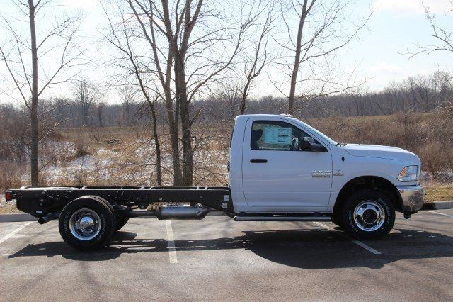 2018 Ram 3500 Regular Cab DRW 4x4,  Cab Chassis #L18D407 - photo 8