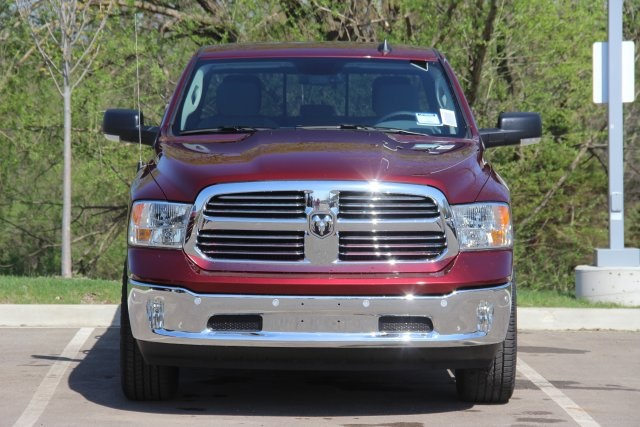 2018 Ram 1500 Crew Cab 4x4, Pickup #L18D411 - photo 4