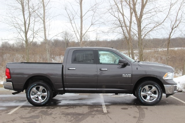2018 Ram 1500 Crew Cab 4x4, Pickup #L18D430 - photo 8