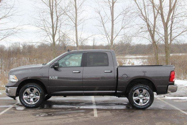 2018 Ram 1500 Crew Cab 4x4, Pickup #L18D430 - photo 22
