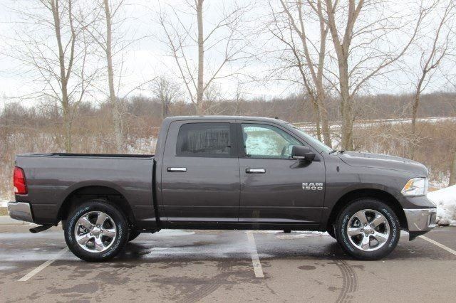 2018 Ram 1500 Crew Cab 4x4, Pickup #L18D430 - photo 25