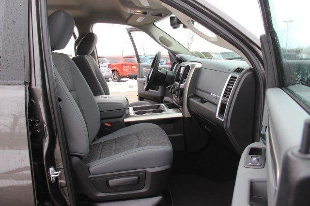 2018 Ram 1500 Crew Cab 4x4, Pickup #L18D430 - photo 28