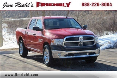 2018 Ram 1500 Crew Cab 4x4, Pickup #L18D459 - photo 18