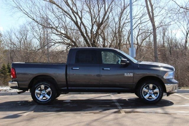 2018 Ram 1500 Crew Cab 4x4, Pickup #L18D476 - photo 8