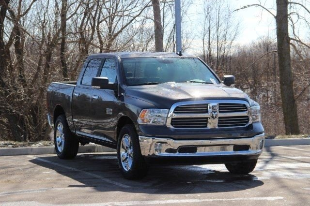 2018 Ram 1500 Crew Cab 4x4, Pickup #L18D476 - photo 19